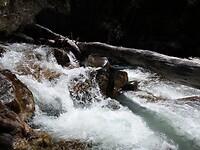 Jess Waver Trail langs de No Name Creek