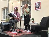 Live music op terras restaurant