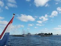 Bij het verlaten van de haven van Orth