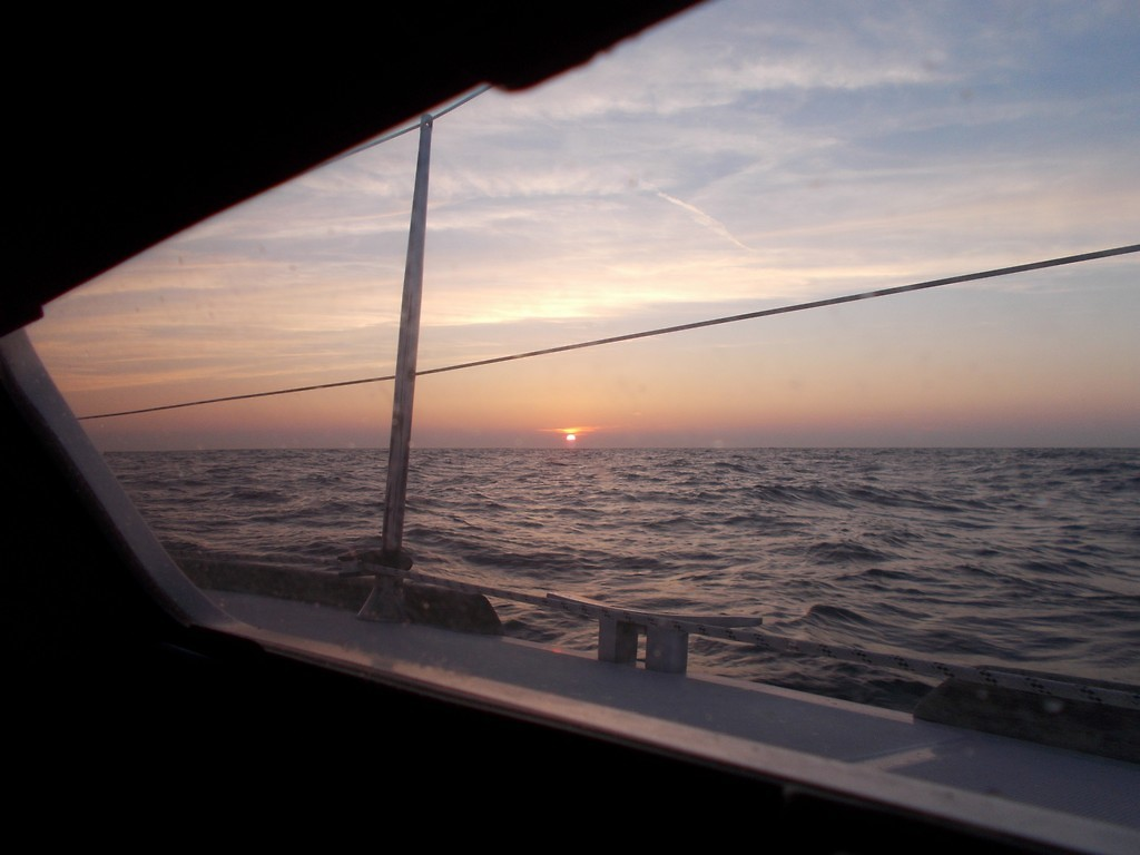 Zonsondergang In Het Engels Kanaal Foto Zeiljacht