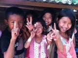 Happy kids op het platteland