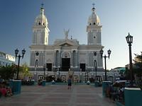 Kathedraal aan Parque de Céspedes