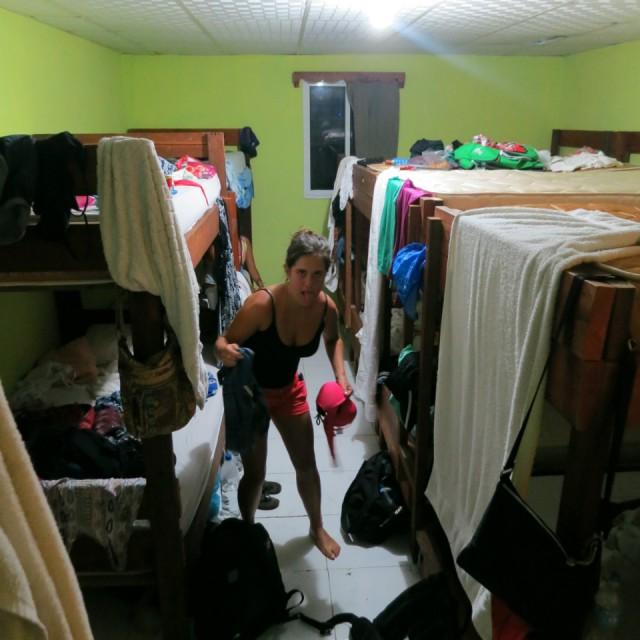 Kamer 10 meisjes in een kamer is een beetje teveel van het goede foto sarah de pauw s - Het versieren van de tiener kamer ...