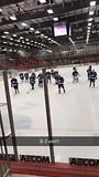 De eerste thuisgame van het ijshockey team