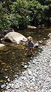 Bellingen - Spelen bij het riviertje