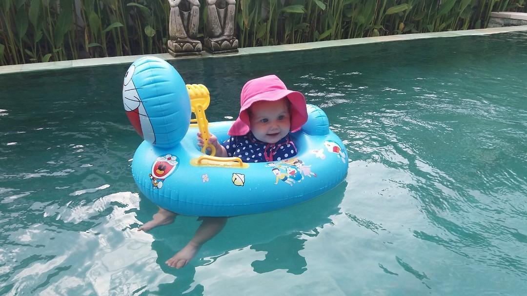 zwemmende Carlijn