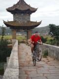 Wheely op de drakenbrug