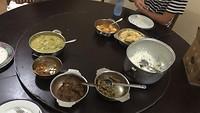 Het eten bij Prithipura in 'the main kitchen'