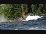 Waterval in de rivier
