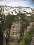 Huizen gebouwd op de rotsen van de kloof