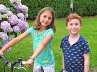 Emma en Merlijn sitting in a tree....