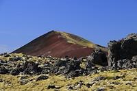 berg met veel facetten in het Berserkjahraun lavaveld
