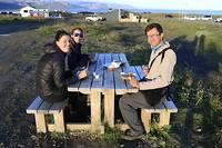 op sterkte komen met Fish & Chips na de wandeling van Arnarstapi naar Hellnar