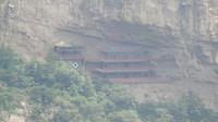Het kloostercomplex in de bergen