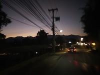 Ondergaande zon vanaf de scooter