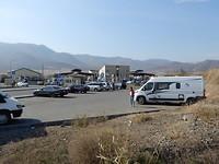 Wachten bij grens Armenië-Georgië