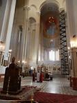 De kathedraal is 100 meter hoog