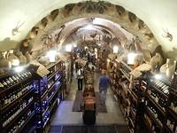 Veel wijn in de bazaar