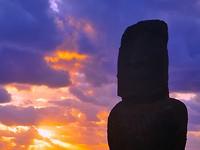 Moai Honga Roa met sunset