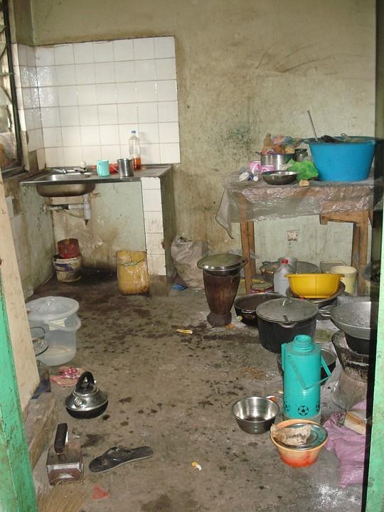 Gemiddelde gambiaanse keuken foto suzan oortwijn s for Gemiddelde levensduur keuken