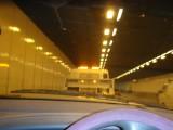 weggesleept uit de tunnel
