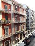 Tegenover hotel in Bari