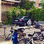 De pools-zweedse bouwvakkers