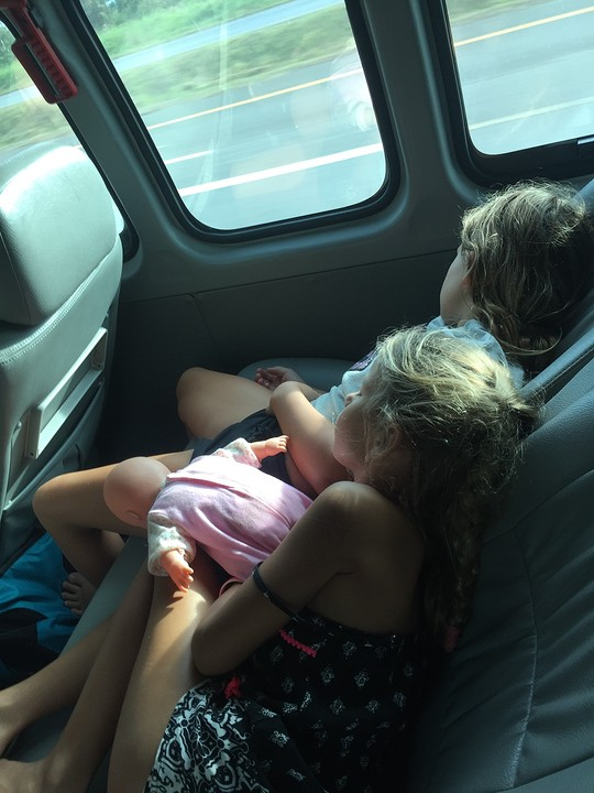In de minivan