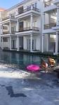 Zwembad palmy villa