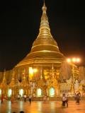 Shwedagon in het donker