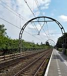 Hoefijzervormige betonnen portalen