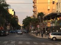 Brindisi - impressie winkelstraat overdag