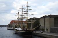 105. Schip in Christianshavn