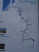 """157aDSC05424 Vanaf hier de blik noordwaarts, langs de Rijn via de """"Linksrheinische"""" Radweg"""