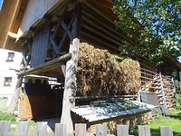 Typische boerenschuur in Fažina