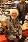 11 september Don koopt schoenen