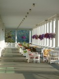 op de veranda van hotel Mount Washington