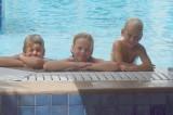 en dan in het zwembad