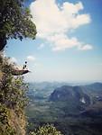 Je bent natuurlijk niet in Krabi geweest zonder een foto op de bekende rots ;)