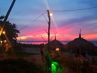 Super mooie zonsondergang tijdens onze laatste dag op Koh Lanta