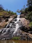 Bij de Infinity Pools waterfall