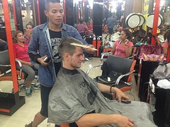 Naar de kapper