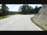 Afdaling in de Pyreneeën  vol gas tot 52 km per uur