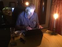 Het licht was weer eens uitgevallen - Blog Bij Candlelight