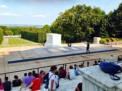 Ceremonie bij het graf van de onbekende soldaat