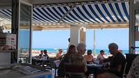 lunchen aan het strand