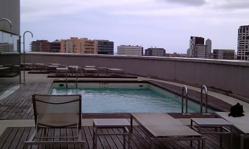 Zwembad Op Dakterras : Zwembad op het dakterras van het hotel foto tonny op reis