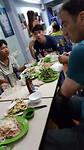 Lokaal restaurant met alleen maar Vietnamezen, heerlijk gegeten