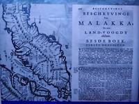 Oude tekst en kaart in het museum