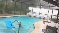 Zwemmen in de regen!